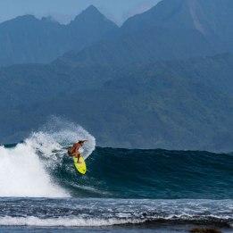 lea-brassy-surfer-water-woman